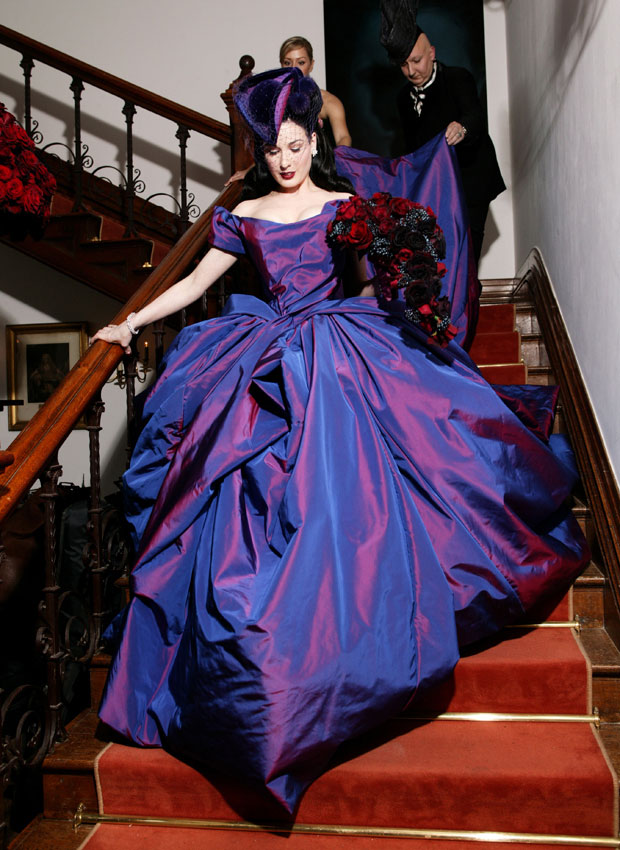 Tendencias: Vestidos de Novia Colección 2011 | Dias de abril